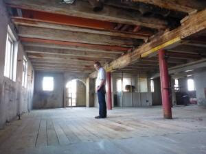 inspecteren vloer hout